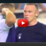Wayne Rooney disst Hajduk-Spieler mit dieser Geste! (VIDEO)