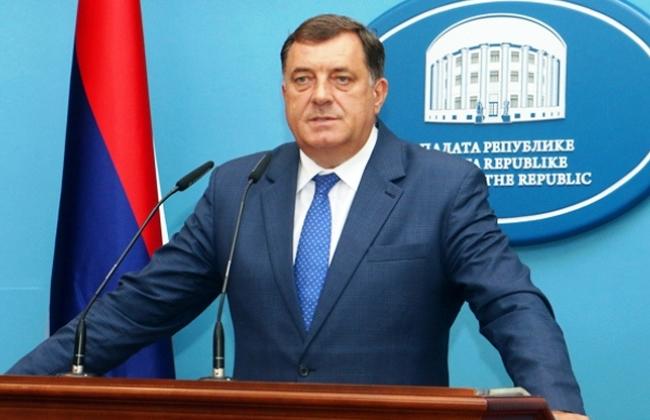 Milorad Dodik Ost- Westdeutschland