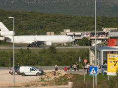 Kroatischer Inselflughafen Umschlagplatz USA