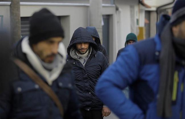 Etwas Neues genug Neue Flüchtlingsroute nach Europa: Immer mehr Migranten in Bosnien @JN_99