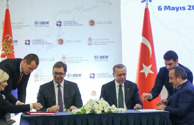 Vučić und Erdogan kündigen stärkere wirtschaftliche Beziehungen an