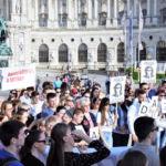 Bosnier in Wien fordern erneut Gerechtigkeit für zwei getötete Männer