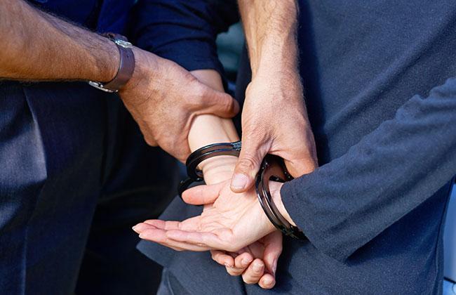 Bosnierin-verhaftet-Imbissbude