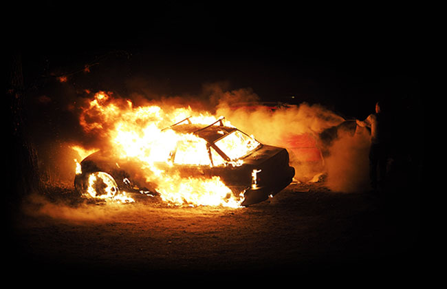 Leichenfund im brennenden Auto