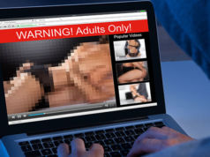 Mann verklagt Eltern wegen Pornosammlung