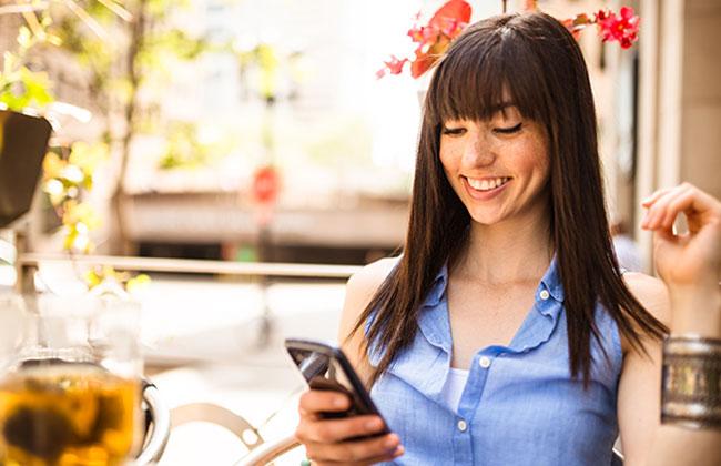 Telefonieren und SMS schreiben werden ins Ausland günstiger