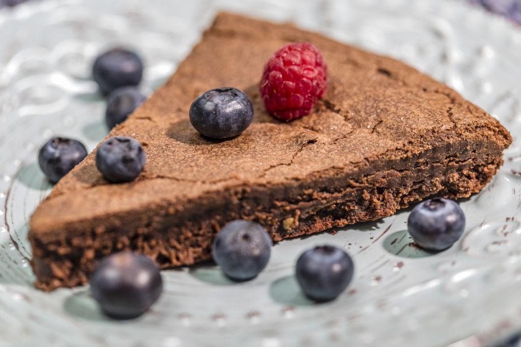 Schokoladen Tarte mit Früchten