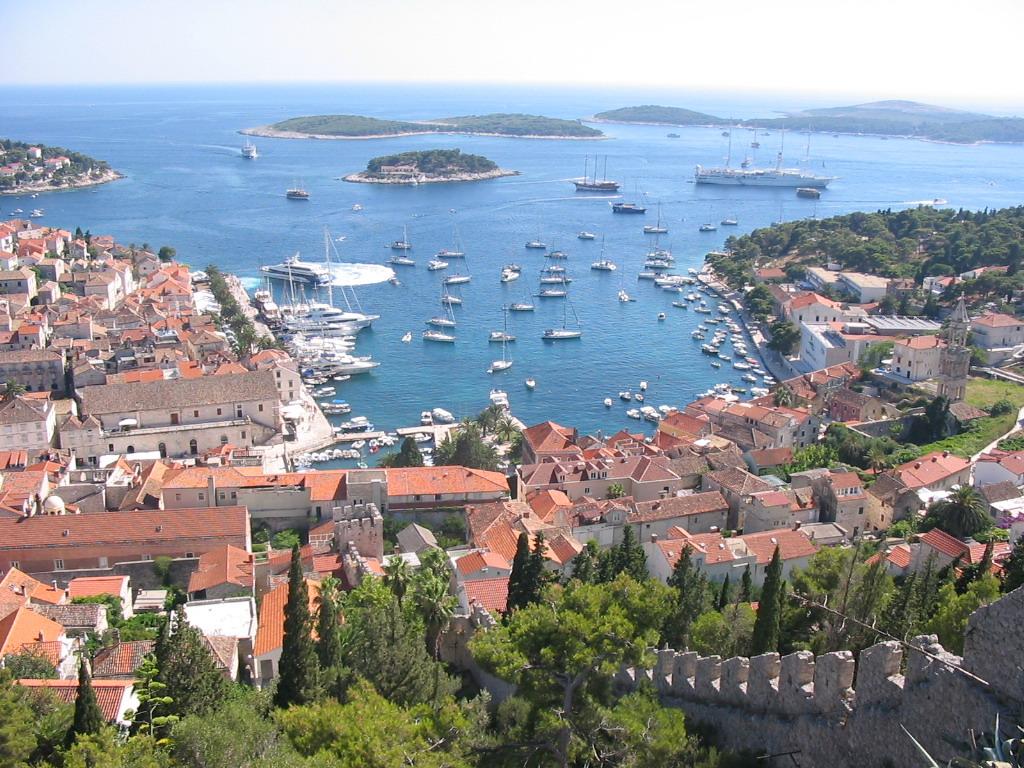 Hvar-harbour-panorama-1