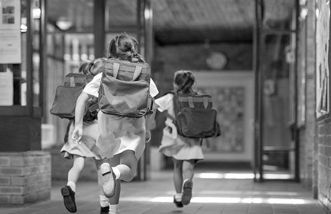 Kinder am ersten Schultag getötet