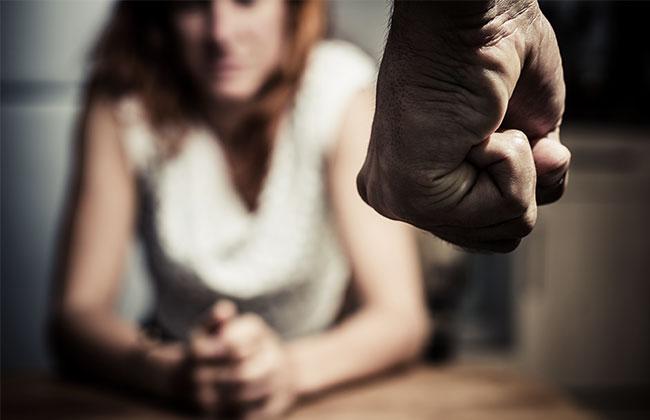 Gewalt-Mann-Frau