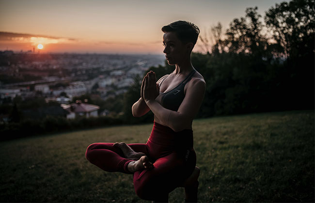 HOLMES_PLACE_OUTDOOR_YOGA